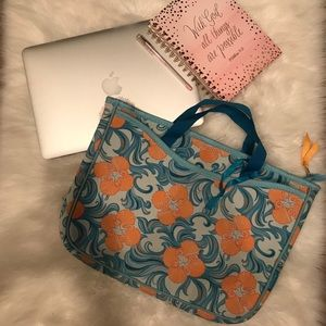 Lilly Pulitzer, laptop carry tote